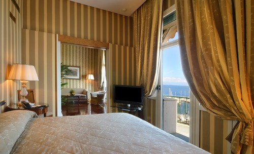 Go Chic - Grand Hotel Vesuvio